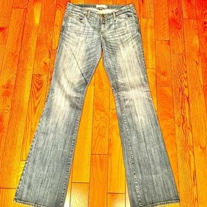 NWOT ABERCROMBIE & FITCH EMMA JEANS SIZE 6 LONG